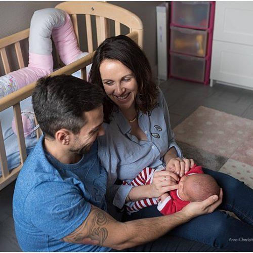 Photographe bébé dans les Yvelines – Brune