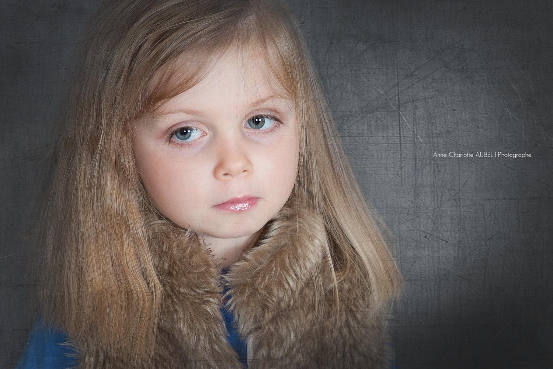 shooting studio enfant | Luna